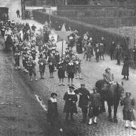 De Driekoningenstoet uit Geel van 1937 (foto: Nieuwsblad van Geel)